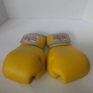 Century Kickboxing Gloves 14oz *Flaws!